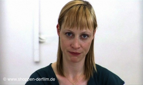 Katharina Marie Schubert in dem Film Shoppen